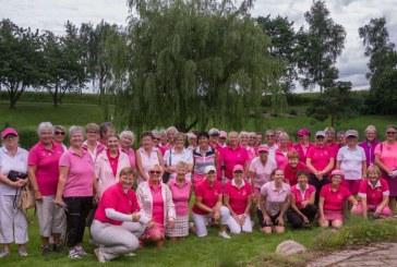 Golfsporten indsamler hvert år flere millioner kr. til støtte for brystkræftsagen